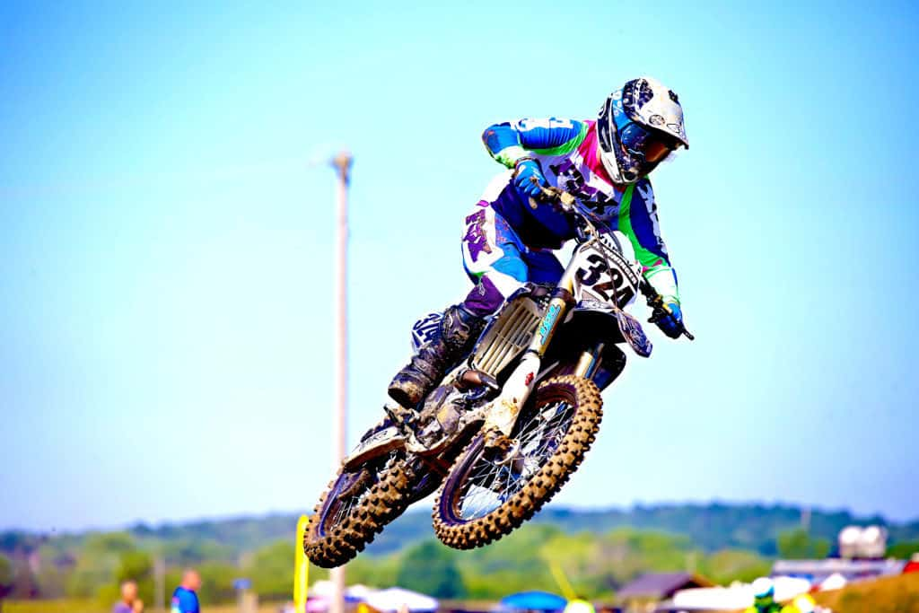 5-benefits-to-get-a-custom-motocross-jersey